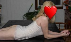 Evaluna outcall escorts in Norfolk, NE