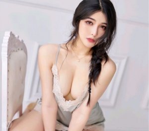 Souhyla escorts in Hutto