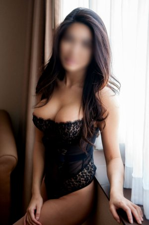 Tyanna nature escorts in Seven Hills, OH